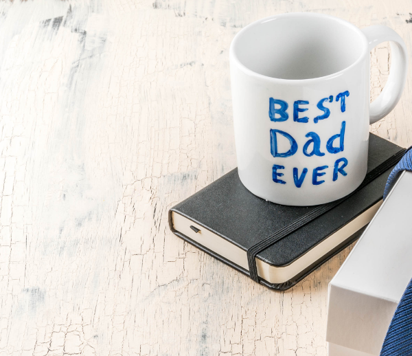 coffee cup with best dad ever